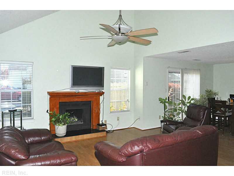 5101 Heathglen Circle, Virginia Beach, VA 23456