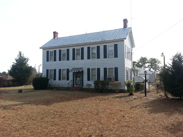 Sandbank Road, Mathews, VA 23125