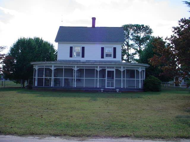 Waterview Road, Middlesex, VA 23180