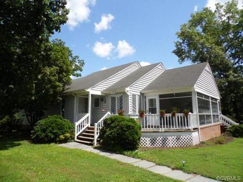 Cooke Street, Essex, VA 22560