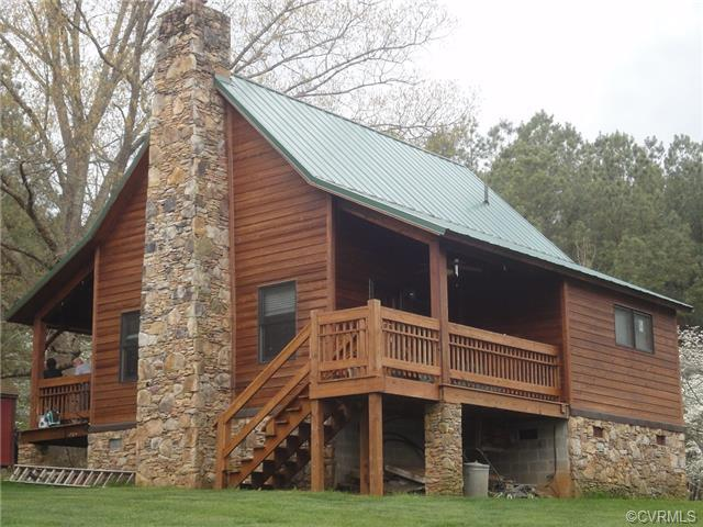 114 Trices Lake Rd, Columbia, VA 23038