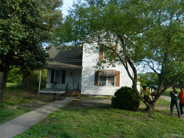 609 W Main St, Waverly, VA 23890