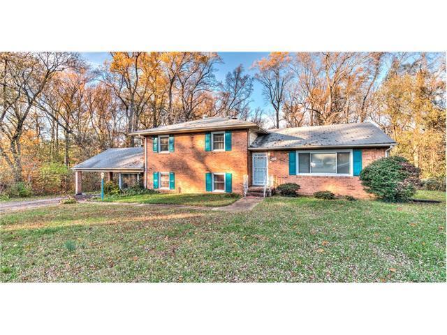 2200 Arbor Dr, Richmond VA 23222