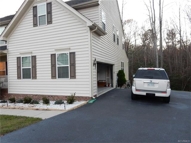 1513 Quiet Forest Lane, Colonial Heights, VA 23834