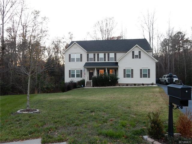 1513 Quiet Forest Ln, Colonial Heights, VA 23834
