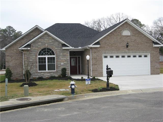 3401 Cobblestone Ln, Hopewell, VA
