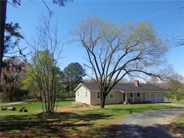 99 Oak Hill Rd, Cumberland, VA 23040