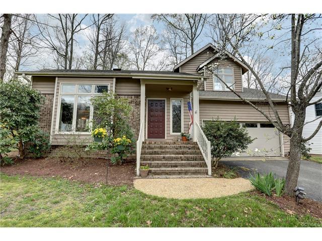 13708 Sandy Oak Rd, Chester, VA