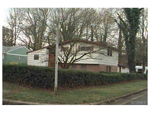 2004 Van Dorn St, Petersburg, VA 23805