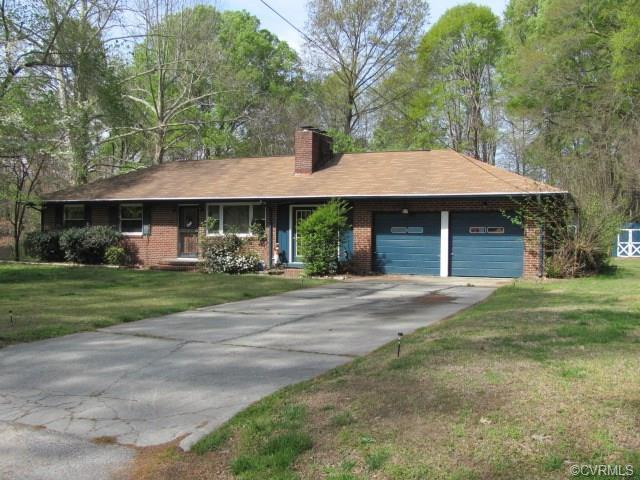 20100 Oakland Ave, Colonial Heights, VA 23834
