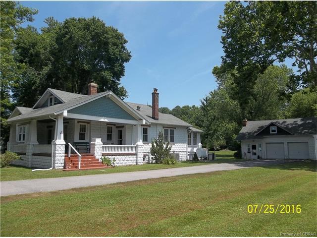32 Pine Hall Rd, Mathews, VA 23109