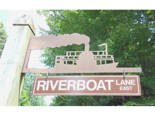 145 Riverboat Lane E, Middlesex, VA 23071