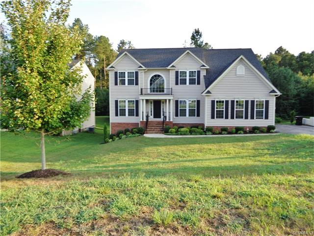 1419 Quiet Forest Ln, Colonial Heights, VA 23834