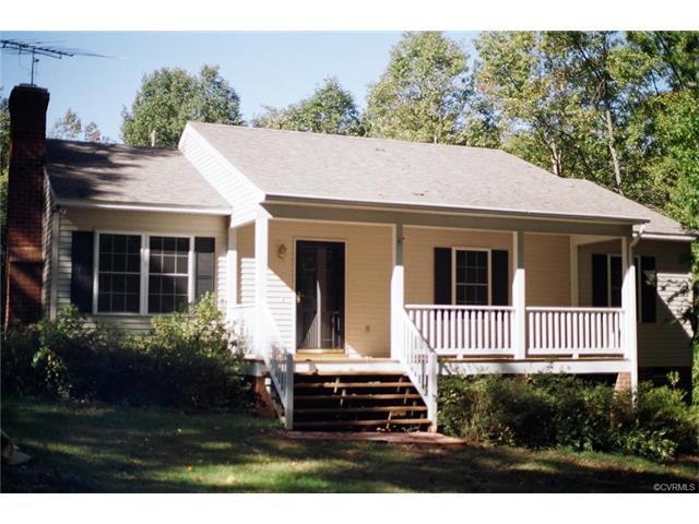 1907 Buckner Rd, Bumpass, VA 23024