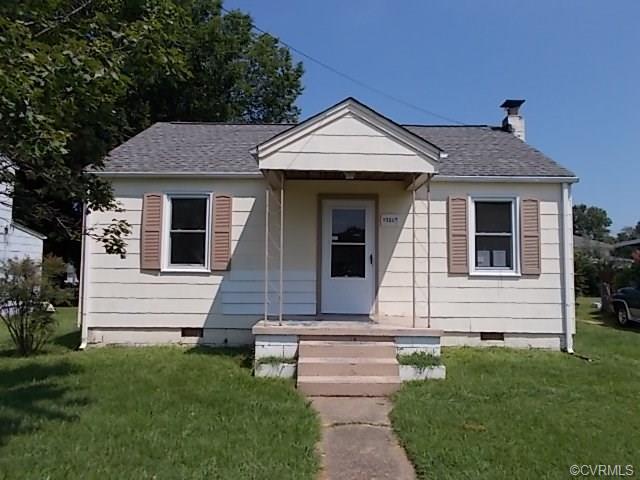 2607 Gordon St, Hopewell, VA 23860