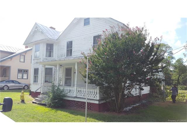 636 Main Street, Reedville, VA 22539