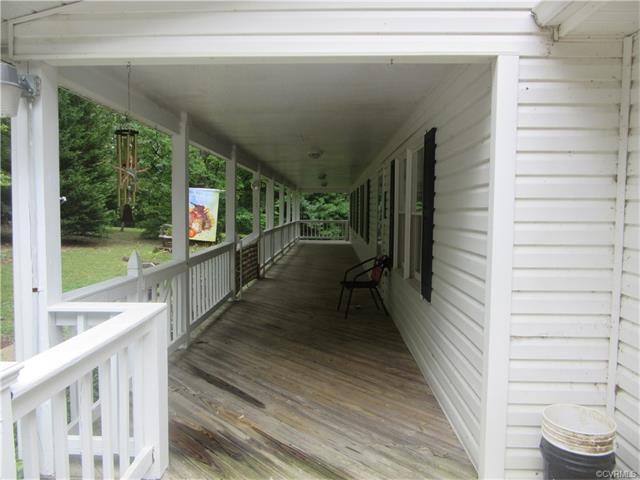 348 Cuckoo Road, Louisa, VA 23093
