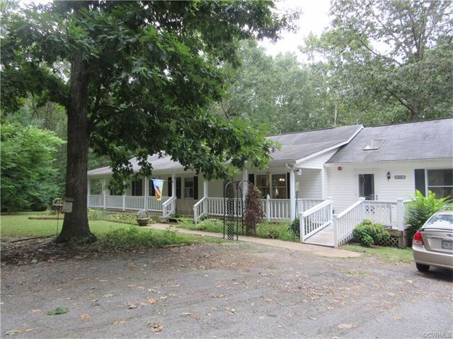 348 Cuckoo Rd, Louisa, VA 23093