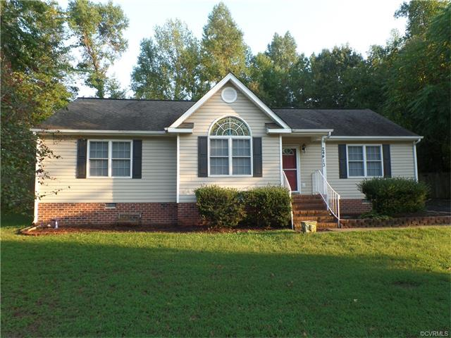 24413 River View Dr, Petersburg, VA 23803