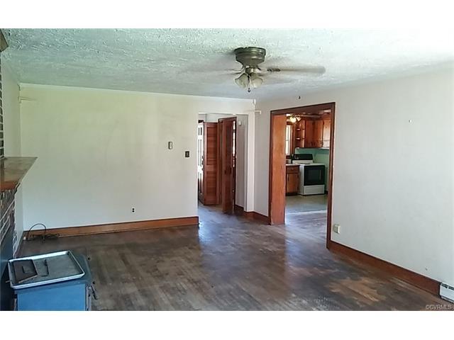 2802 Sandy Lane, Richmond, VA 23223