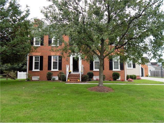 112 Honeycreek Ct, Colonial Heights, VA 23834