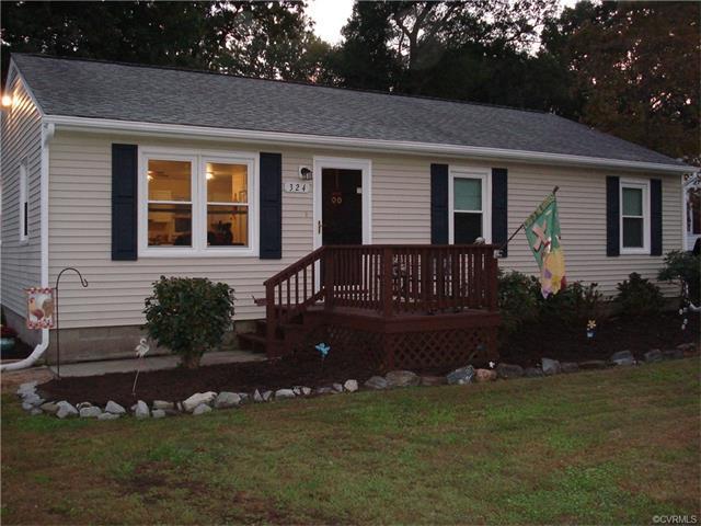 324 Mac Murdo St, Ashland, VA 23005