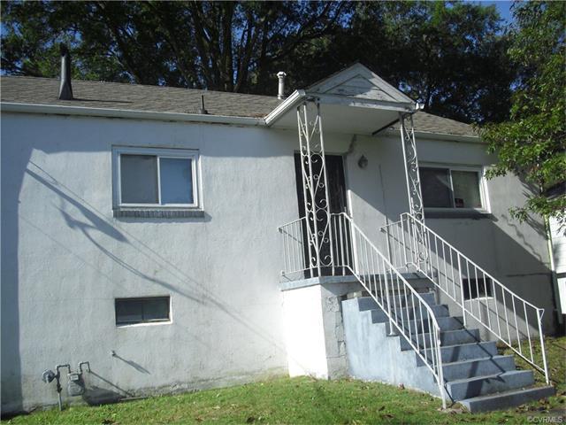 1004 Sunnyside Ave, Hopewell, VA 23860