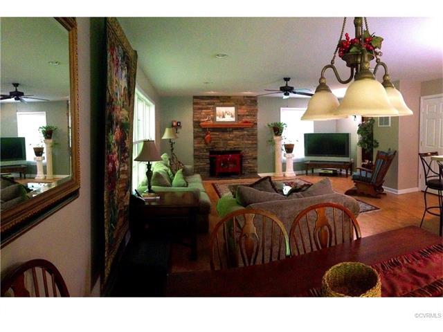 2102 Lakeshore Drive, Louisa, VA 23093