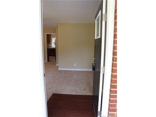 51 Wellington Drive, Hampton, VA 23666
