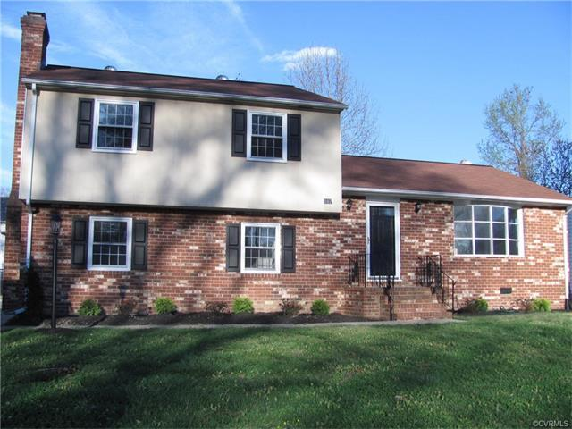 107 Deerwood Dr, Colonial Heights, VA 23834