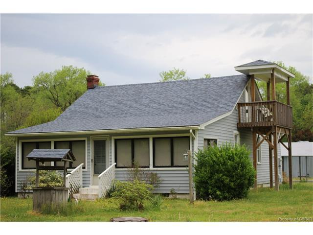 271 Ballast Point Rd, Mathews, VA 23076