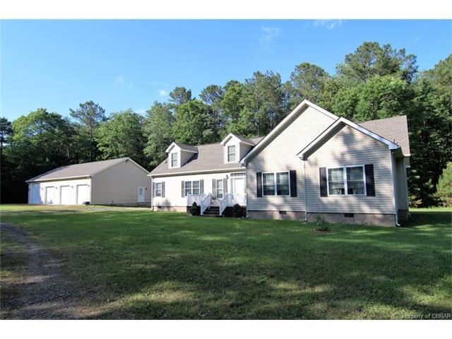 9375 Burke View Dr, Gloucester, VA 23061