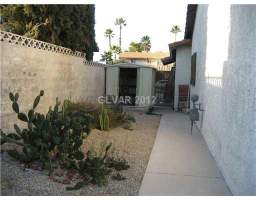 6301 Stonegate Way, Las Vegas NV 89146