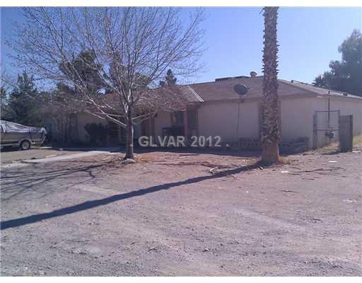 2760 Edmond St, Las Vegas, NV 89146