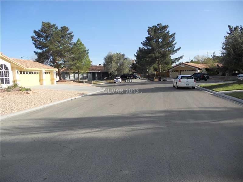 5515 Palmyra Avenue, Las Vegas, NV 89146