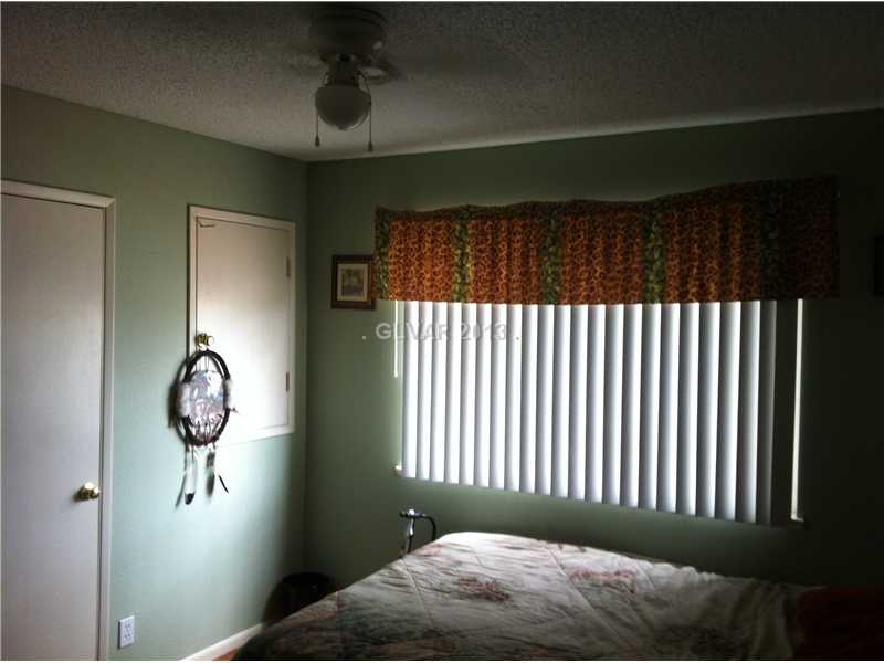 332 Bedford Rd, Las Vegas NV 89107