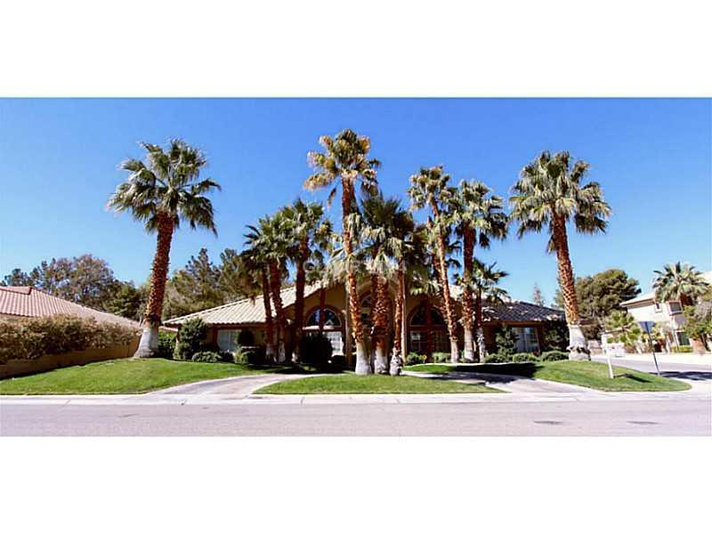 2211 Diamond Bar Dr Las Vegas, NV 89117
