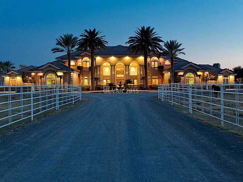 6855 W Deer Springs Way, Las Vegas, NV
