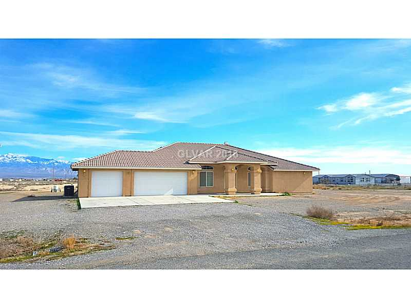 671 S Warren St, Pahrump, NV