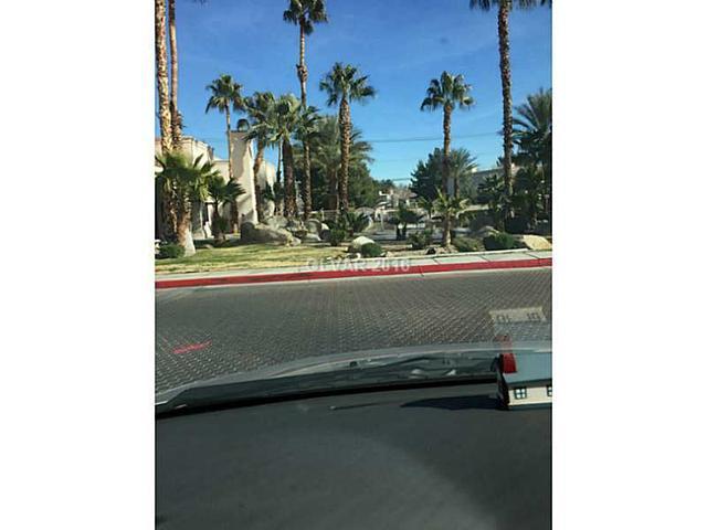 5138 S Jones Bl #APT 201, Las Vegas NV 89118