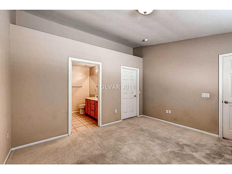 10142 Velvet Dusk Ln, Las Vegas NV 89144
