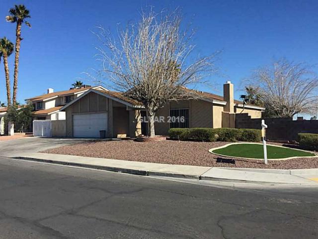 3888 Pamplona St, Las Vegas NV 89103