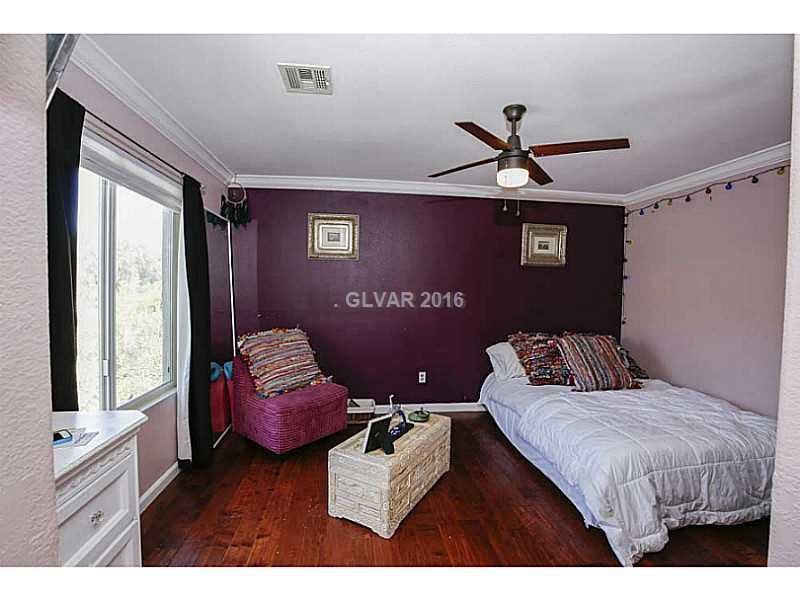 1453 Summer Glow Ave, Henderson NV 89012