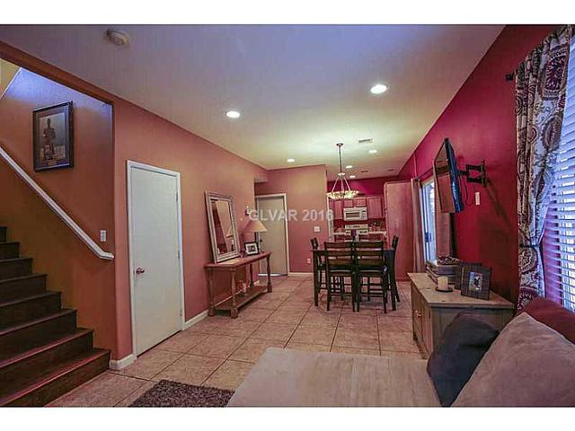 1453 Summer Glow Ave, Henderson, NV 89012