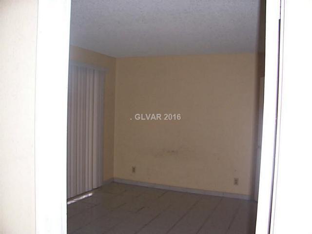 824 Hedge Wy 2 Way #2 Las Vegas, NV 89110