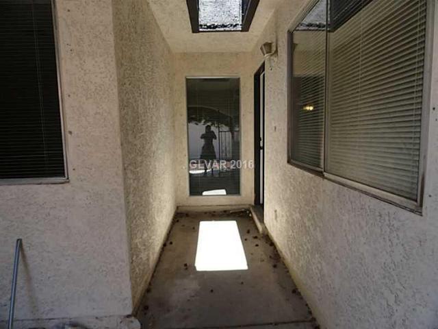 824 Mantis Wy 8 Way #8 Las Vegas, NV 89110