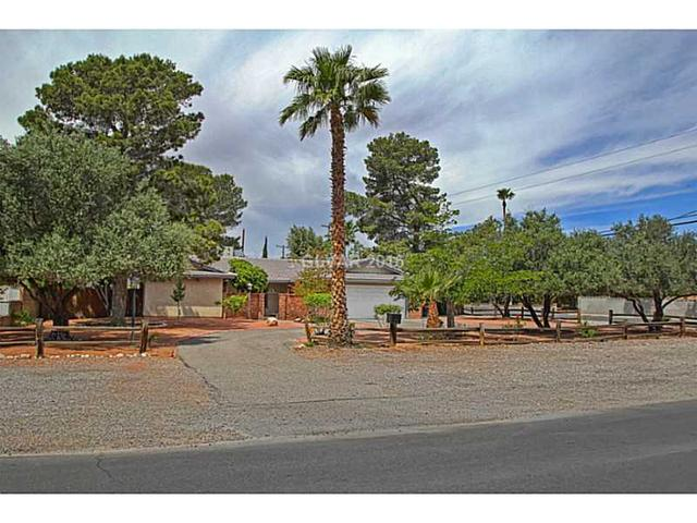 2627 S Torrey Pines Dr, Las Vegas, NV