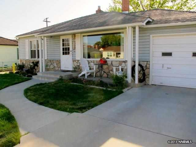 953 6th St, Sparks, NV 89431