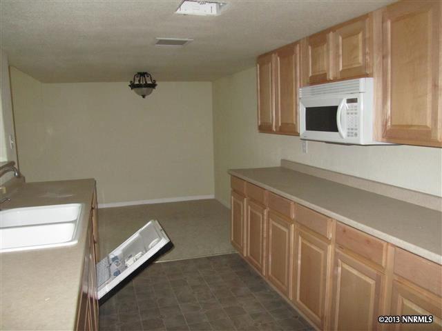 1284 Saint Alberts, Reno NV 89503