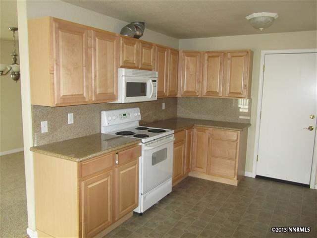 1284 Saint Alberts, Reno, NV 89503